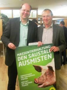 Landwirtschaftsminister Christian Meyer und Wolframm Günther, Anwalt für Umweltrecht und Listenkandidat für die Landtagswahl 2014